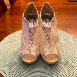 "Women's Beautiful lace & rhinestone 4"" heels"